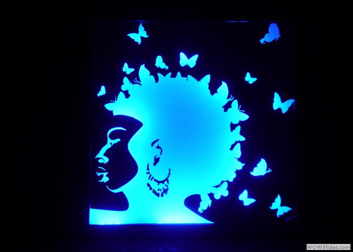 Afro Girl Illuminated Mirror 2
