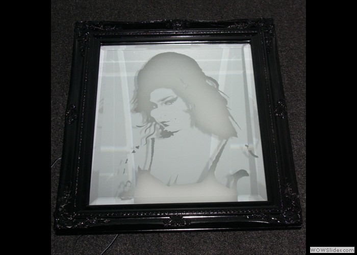 Amy Winehouse Mirror