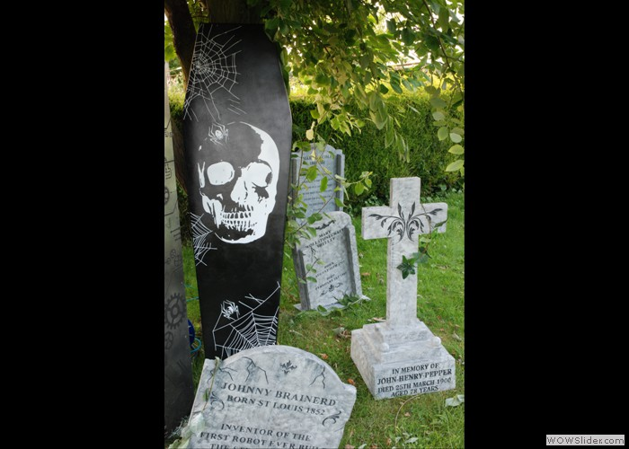Tombstone Props (2)